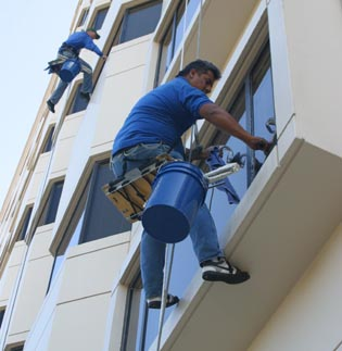 Michigan high rise office building window cleaning